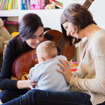 Musicoterapia. Cristina Oroz Bajo, pedagoga, musicoterapeuta y técnico ABA en Barcelona.