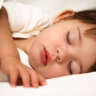 Duérmete niño, duérmete ya… Las 5 claves para dormir a un niño.